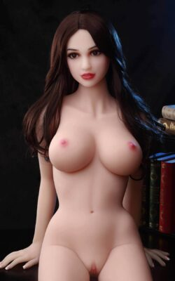 Japanese Real Doll Addict – Mira