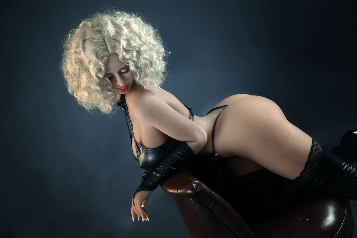 MILF Sex Dolls