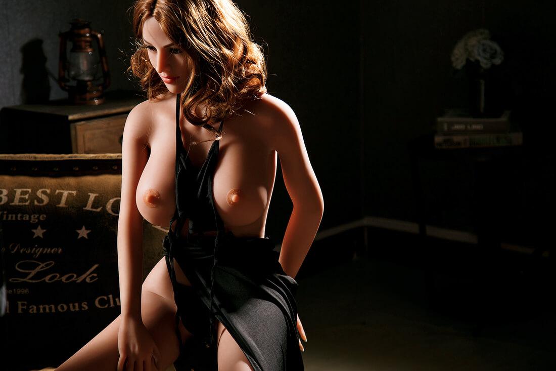 MILF Sex Doll