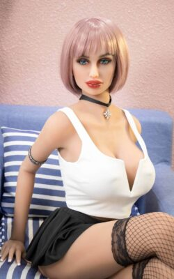 Small Vagina Nude Sex Doll – Susan