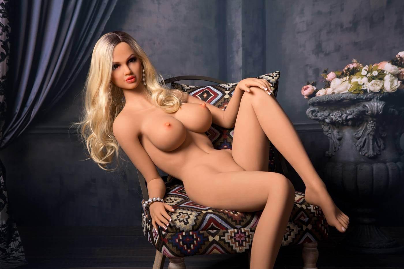 blonde sex dolls 1115